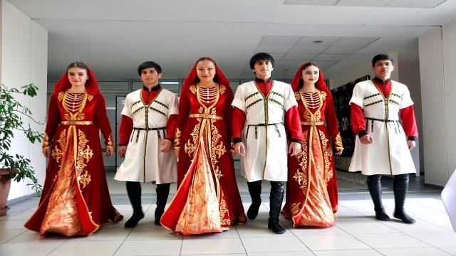 Kırgızistan'da Ahıska Türklerinin Kültürü Tanıtıldı